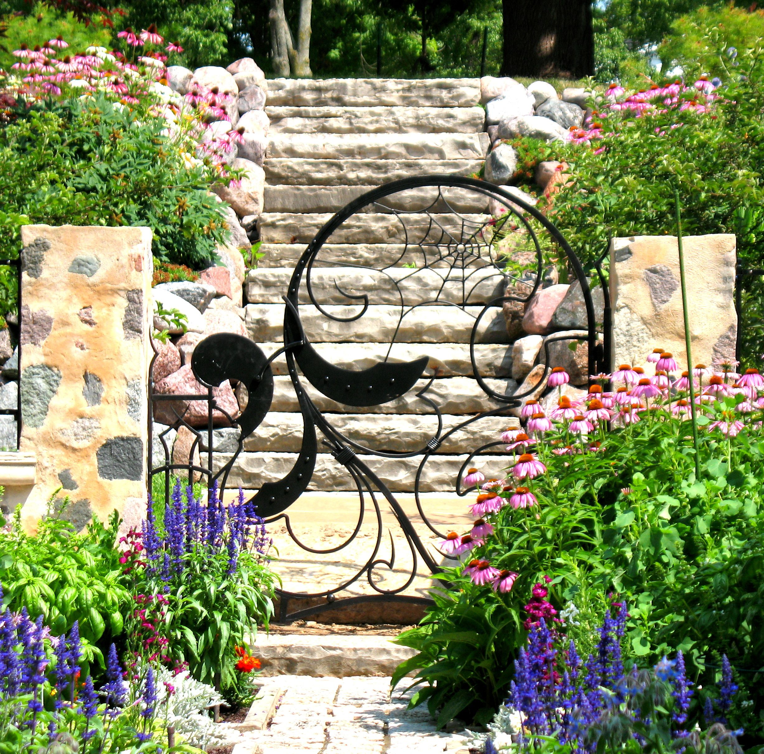 Driveway gates garden and pool gates bighorn forge 39 s weblog for Garden door designs