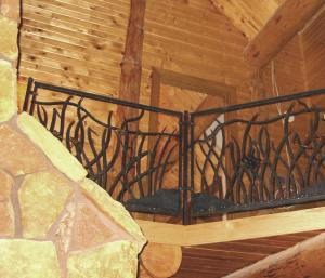 Prairie Railing for log home.